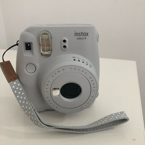 NEW! urban outfitters instax mini 9